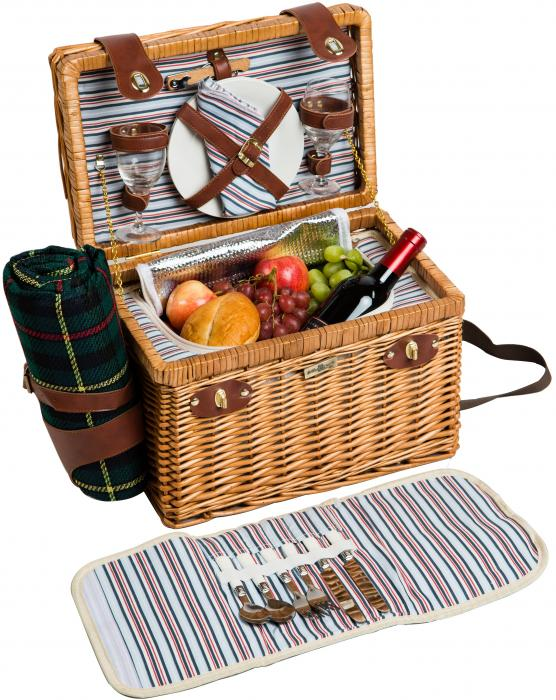 Picnic & Beyond Brio Collection - (B) 2 Person Willow Picnic Basket