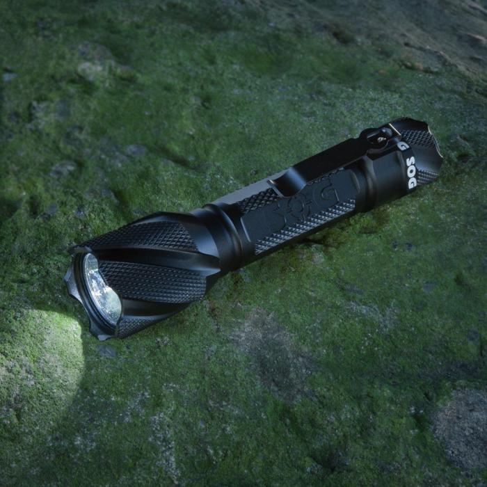 SOG Knives Dark Energy 247, Black Aluminum Body, 2 x CR123A