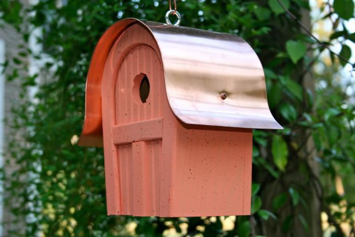 Heartwood Twitter Junction Bird House, Salmon