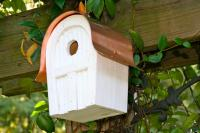 Heartwood Twitter Junction Bird House, White