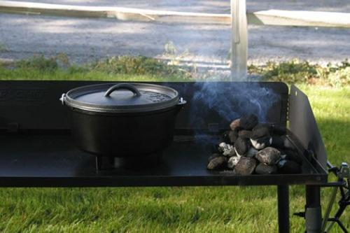 "Camp Chef Classic 10 Deep"" Dutch Oven - 5 Quart"