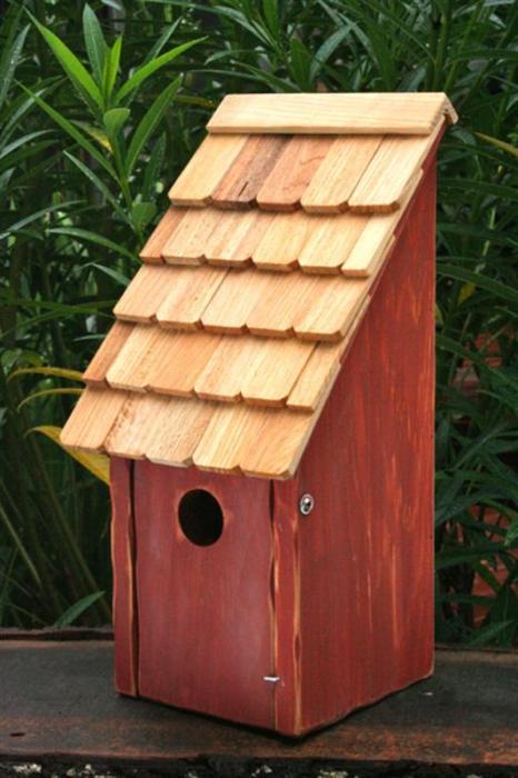 Heartwood Bluebird Bunkhouse Bird House - Redwood