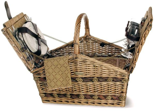 Picnic & Beyond Estate Willow Picnic Basket for Four