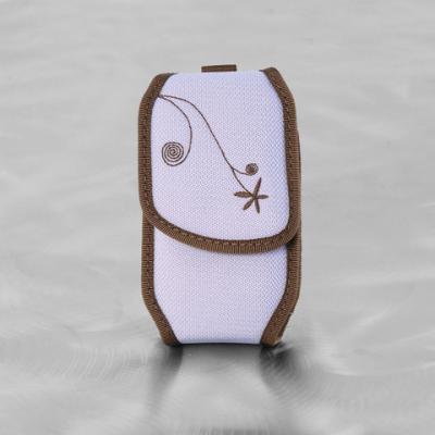 Nite-ize Tone Phone Case Magnetic Closure Medium, Lavender