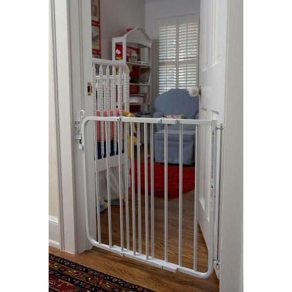 Cardinal Gates Auto Lock Child Safety Gate