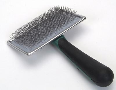 W404 Slicker Brush Soft
