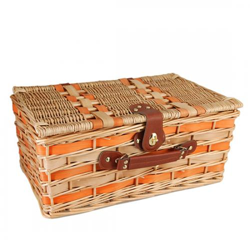 Picnic and Beyond Willow Picnic Basket for 4, Honey & Orange