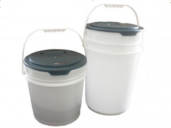 Bird's Choice 3-1/2 Gallon Seed Bucket w/Cover